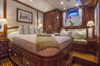 Yacht WHISPER - 8