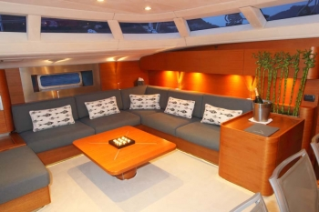 Yacht ATTIMO 2