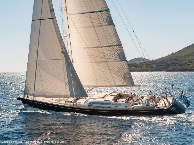 Grand Bleu Vintage Crewed Sailing Yacht Charter