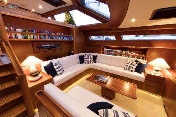 Yacht KAWIL 3