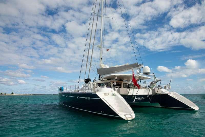 Yacht FELICIA (CAT 65)