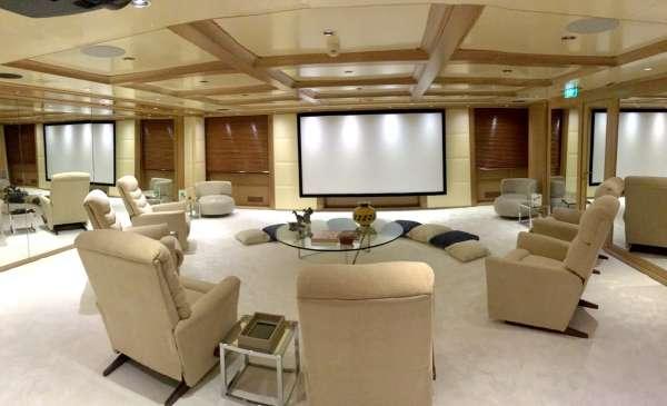 O'MEGA VIP Stateroom