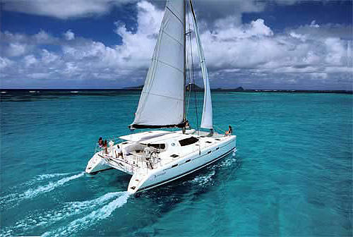 Charter with BLUE 1 on compassyachtcharters.com