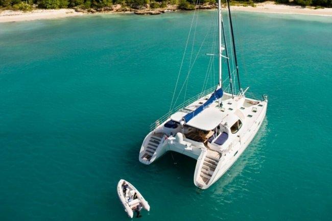 Yacht KESTREL