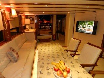Yacht AKANA 3