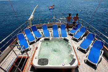 Yacht LUNA - 6