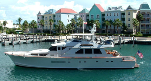 Charter with CAPTIVATOR on compassyachtcharters.com