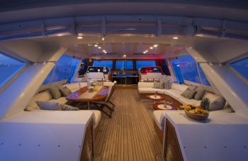 Yacht TAKAPUNA 2