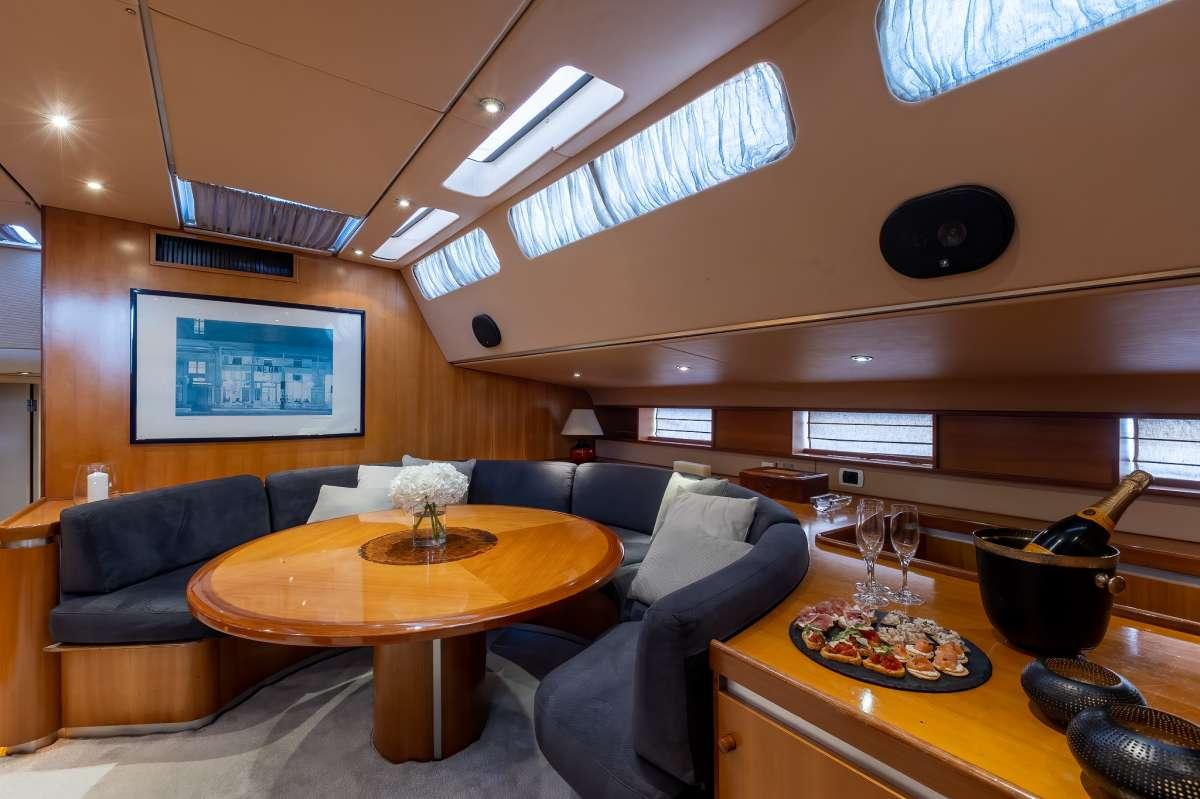 Yacht AMADEUS - 11