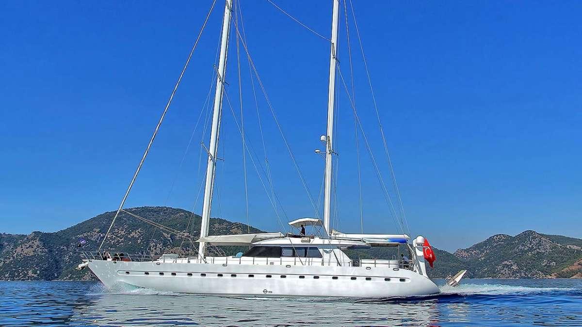 Yacht ANGELO II - 11