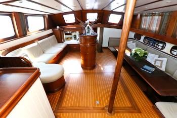 Yacht DAME DES TROPIQUES 2
