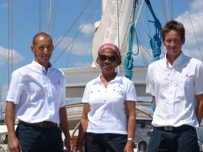 DAME DES TROPIQUES's crew