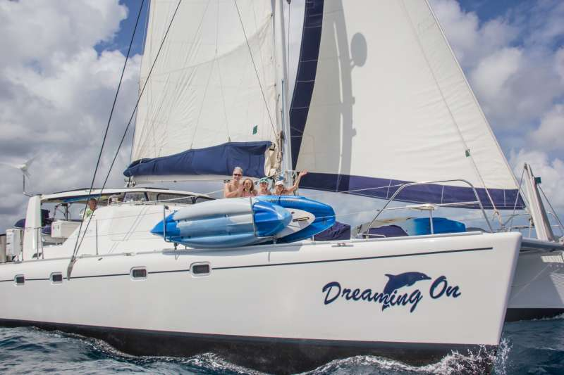 Charter with DREAMING ON on compassyachtcharters.com