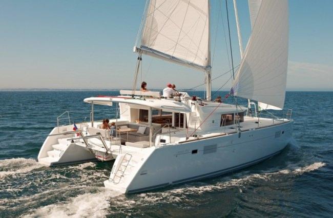 Yacht OKEANOS