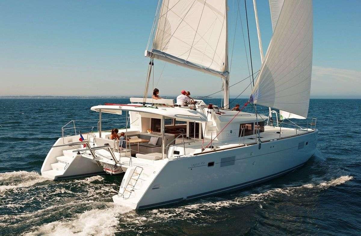 Yacht OKEANOS 2