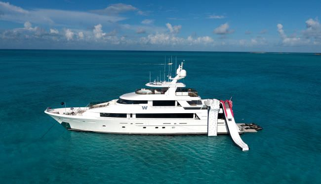 Yacht W