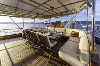 Yacht LIBRA 3