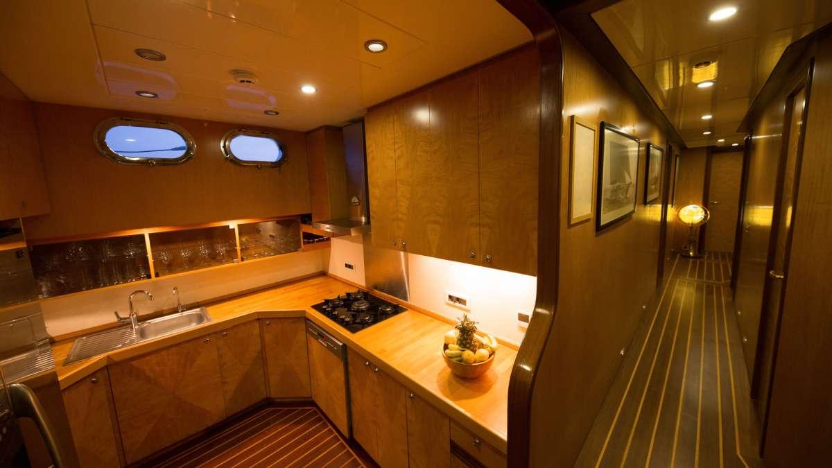 Yacht SERENITY 86 - 13