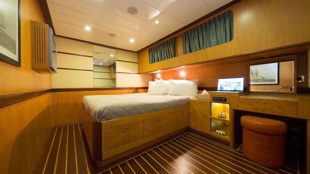Yacht SERENITY 86 - 16