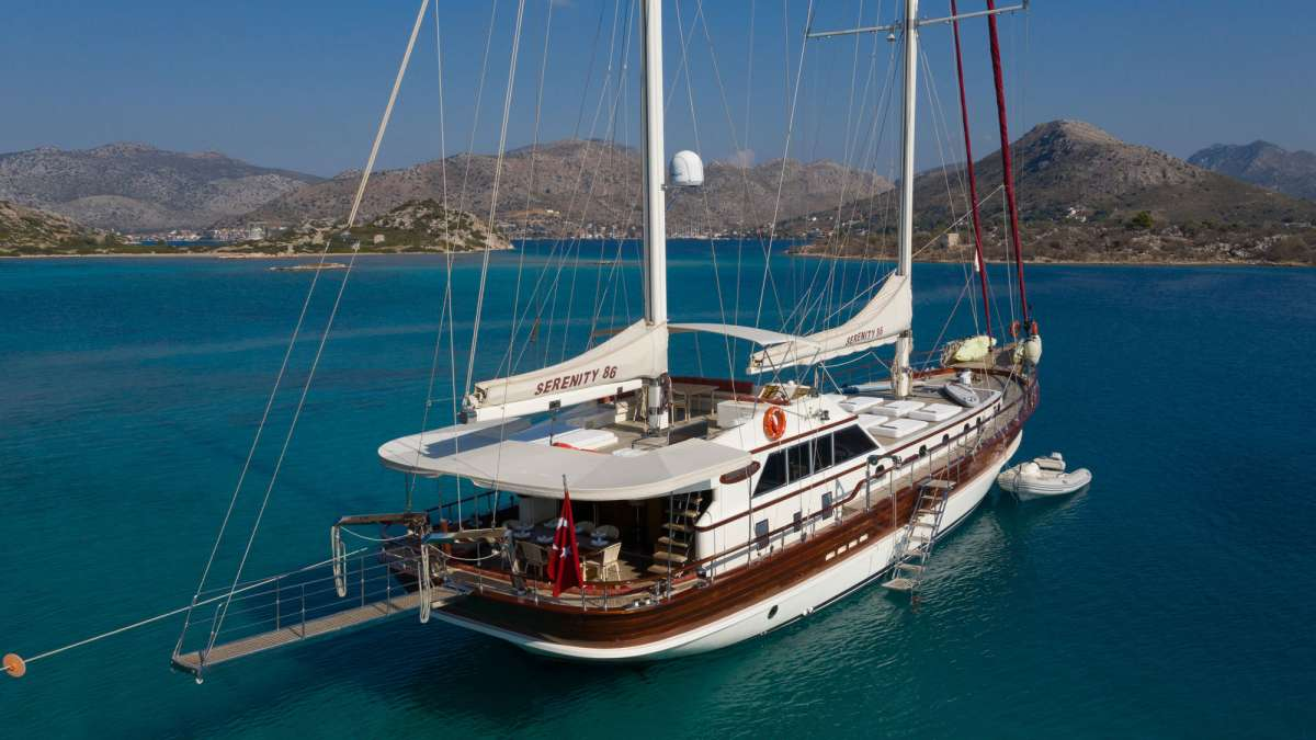Yacht SERENITY 86 3