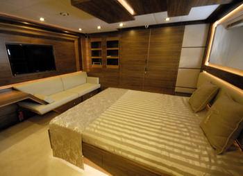Yacht STEEL - 7