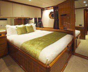 Yacht REE - 7
