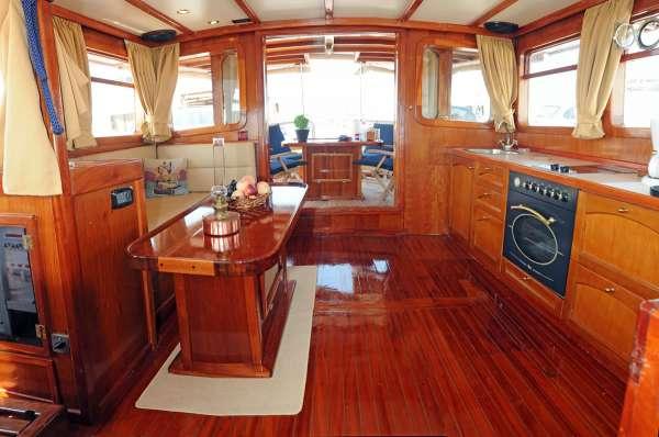 Yacht AEGEAS 3