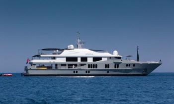 Yacht IDOL - 17