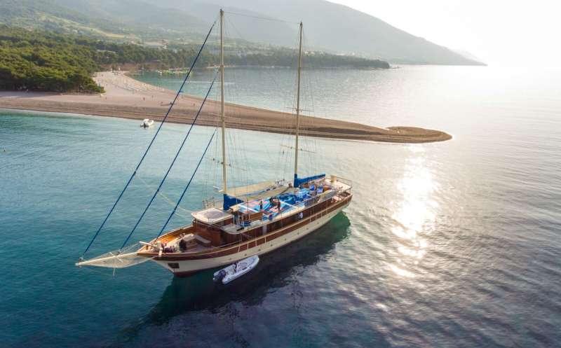 Imbarcazione TAJNA MORA