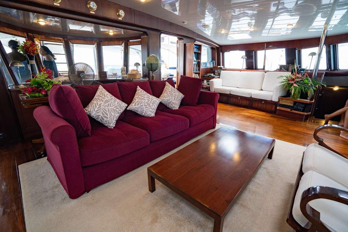 Yacht DOUCE FRANCE 2
