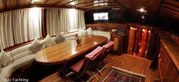 Yacht NIRVANA 2 2