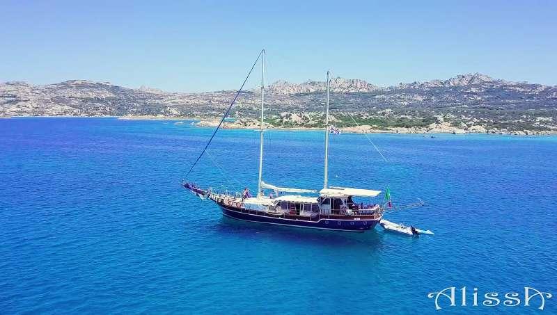 Yacht ALISSA