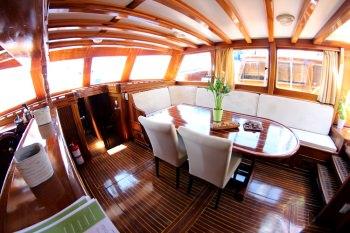 Yacht MALENA 2