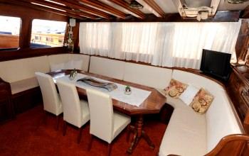 Yacht PERLA 2