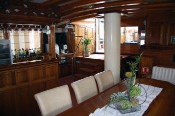 Yacht KADENA - 17