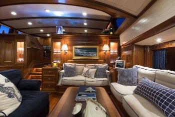 Yacht MARAE 2