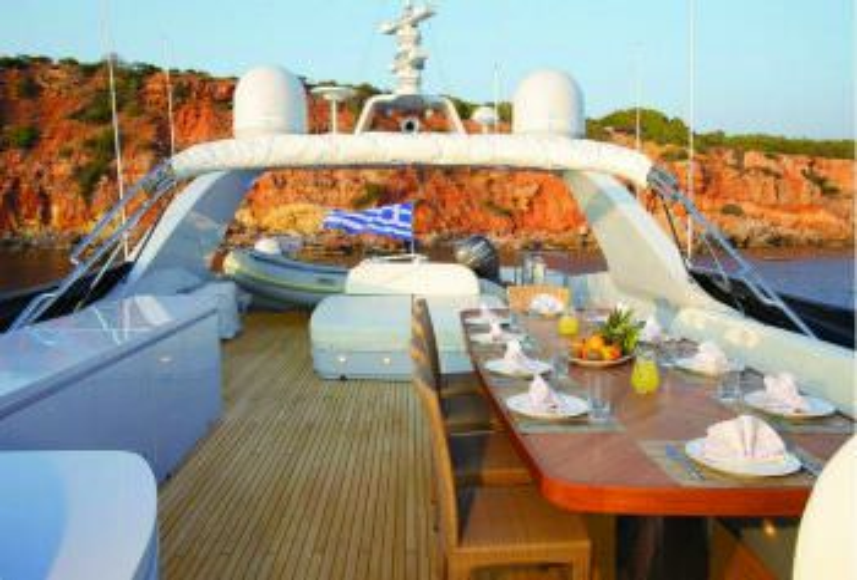 Yacht GLAROS - 12