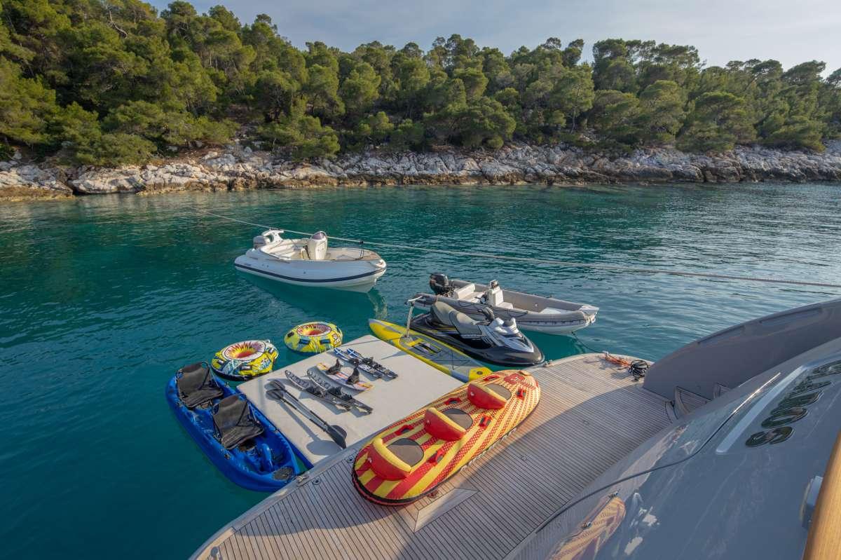Yacht GLAROS - 14