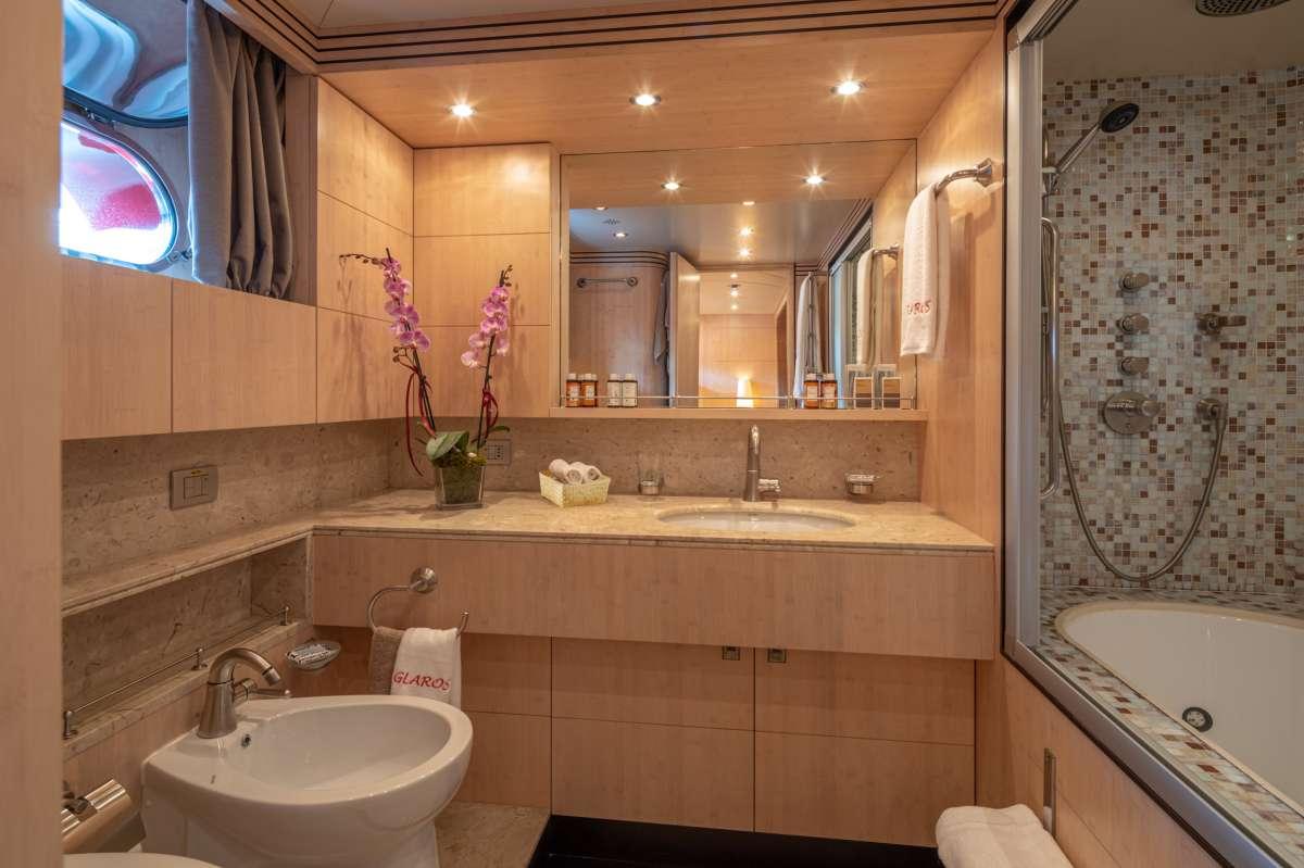 Yacht GLAROS - 7