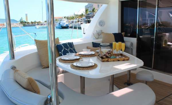 SEA SENOR Aft Deck Dining
