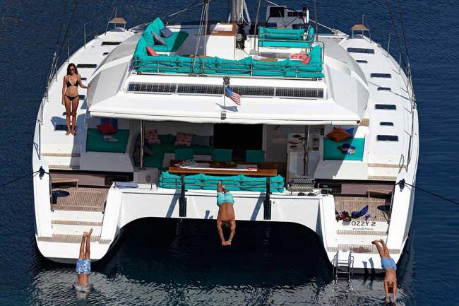 Yacht AMARA