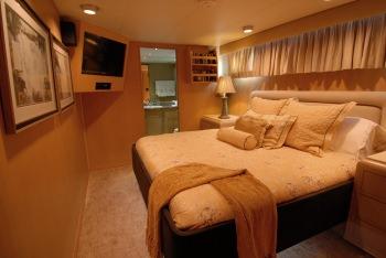 KALEEN VIP Stateroom