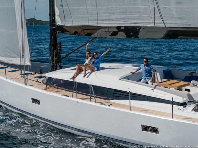 Yacht LEO