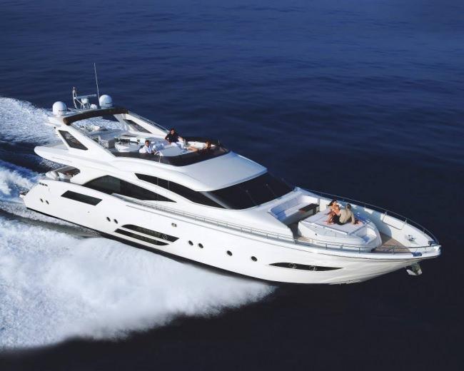 Yacht SASCHA