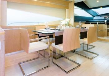 SASCHA Formal dining area