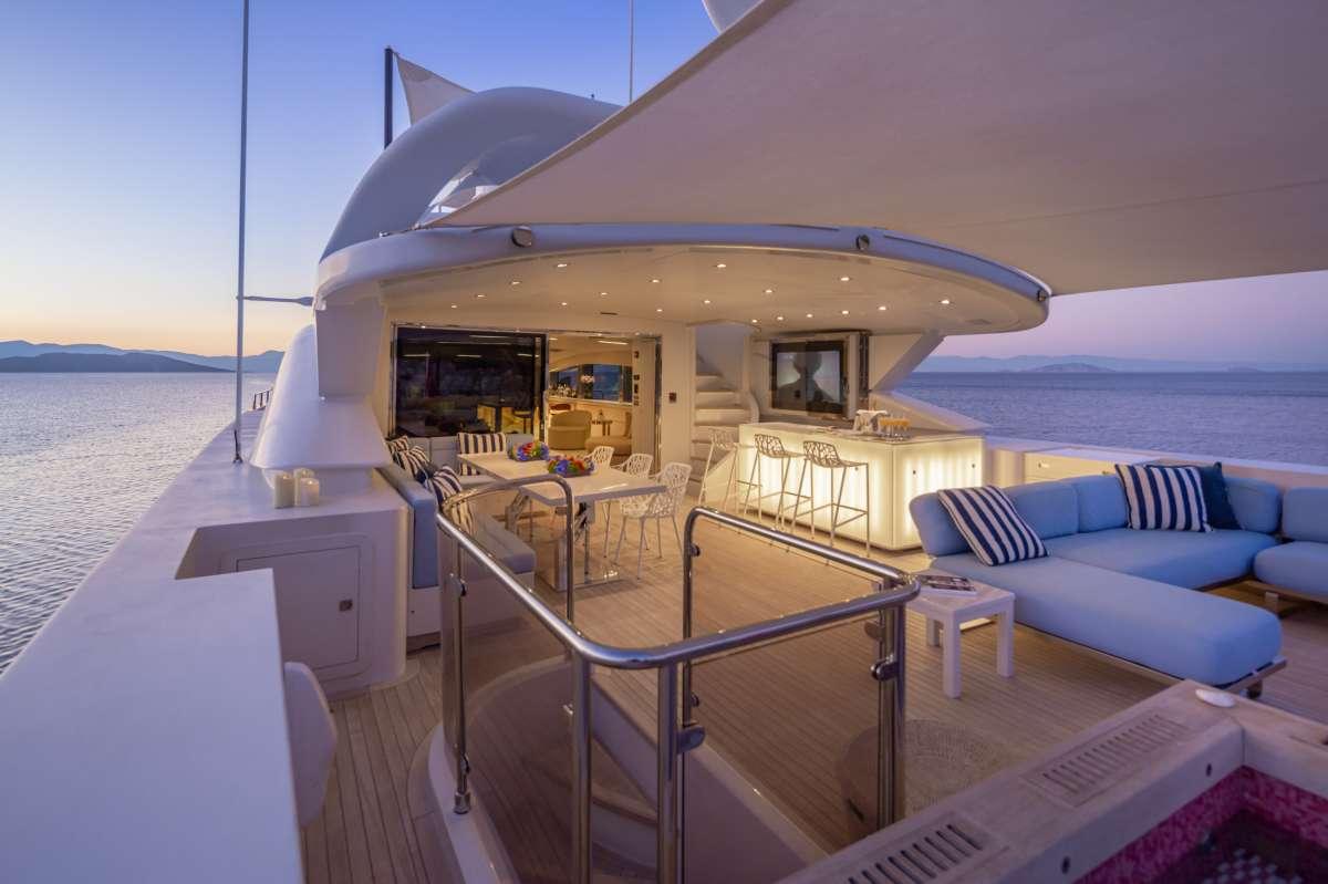 BARENTS SEA Upper deck