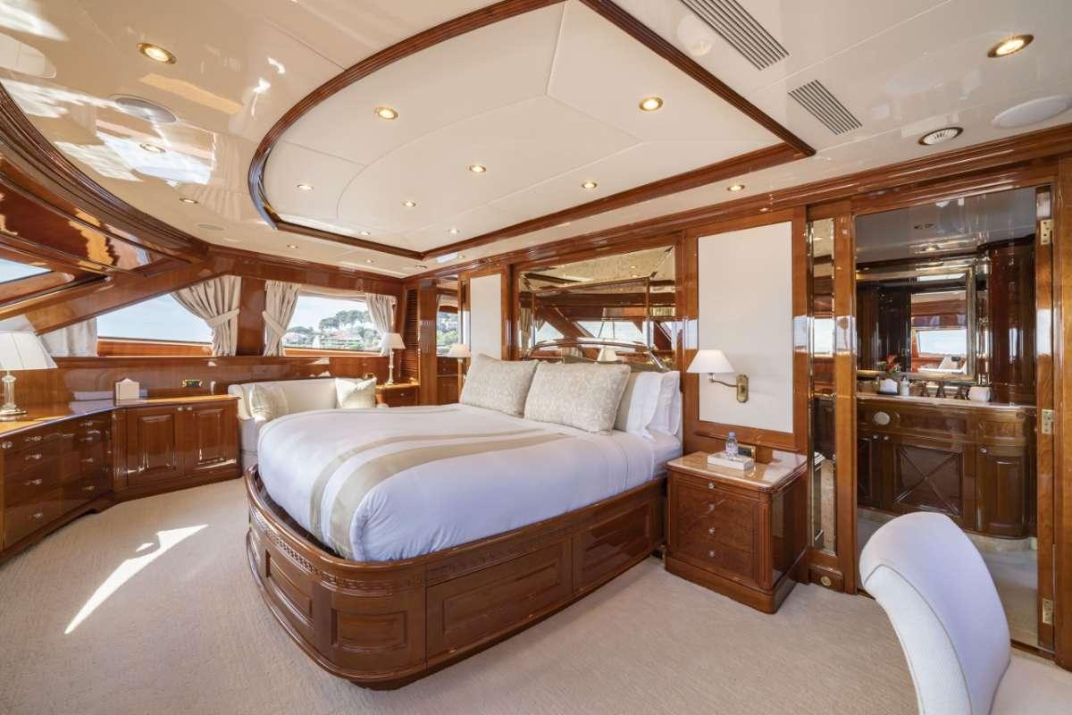 Yacht WILD THYME - 6