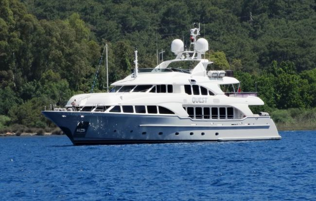 Yacht QUEST R, 37M BENETTI CLASSIC
