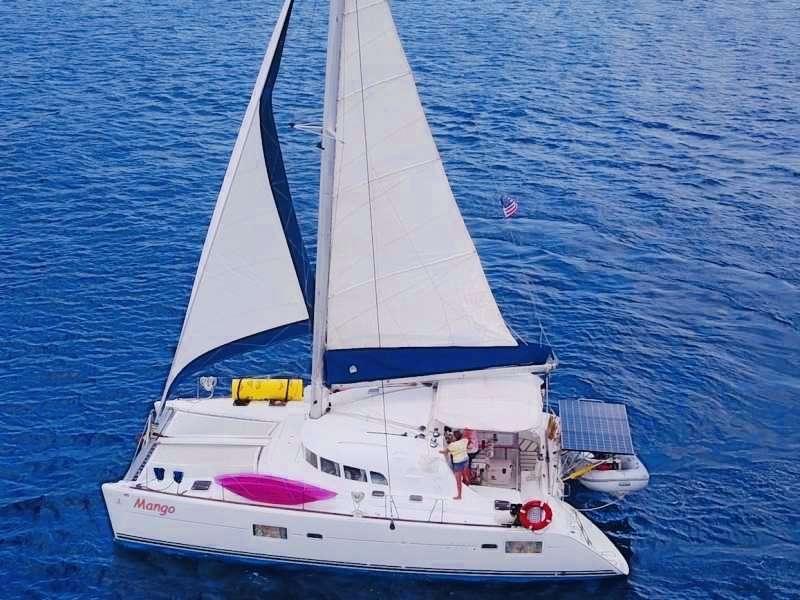 Catamaran MANGO