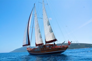 Yacht IL FRATELLO - 13